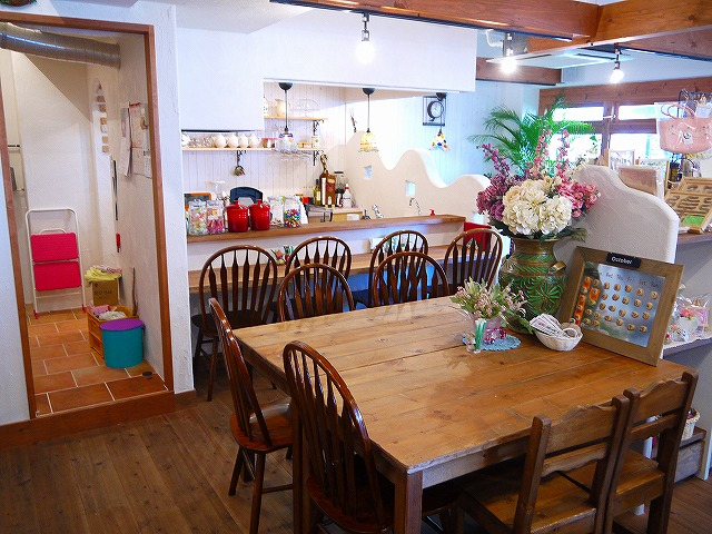 zakka & cafe conpei too店内